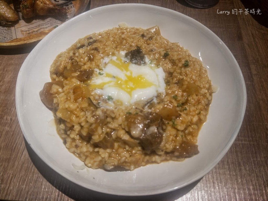 請請 義大利餐廳 逸仙店 Cin Cin Osteria 松露紅酒牛肉半熟蛋燉飯
